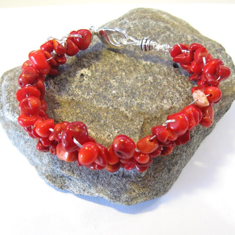 rood koraal armband met lobster slot
